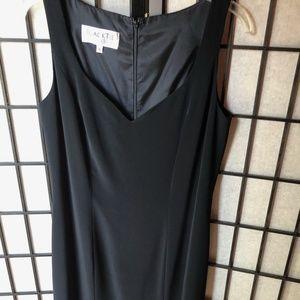 Oleg Cassini Black floor-length formal sleeveless